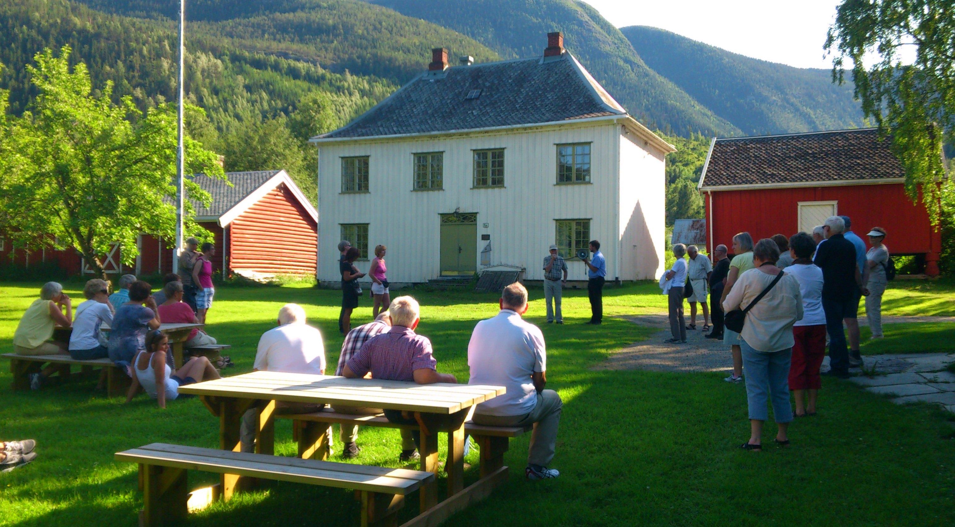 Omvisning i Skrivargarden ved Einar Hanserud
