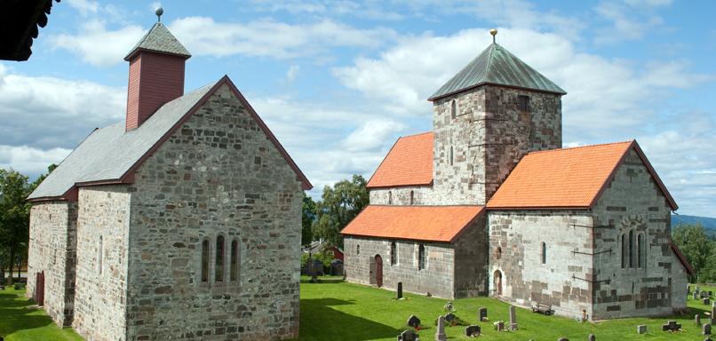 Medlemstur til Kistefosmuseet og Søsterkirkene